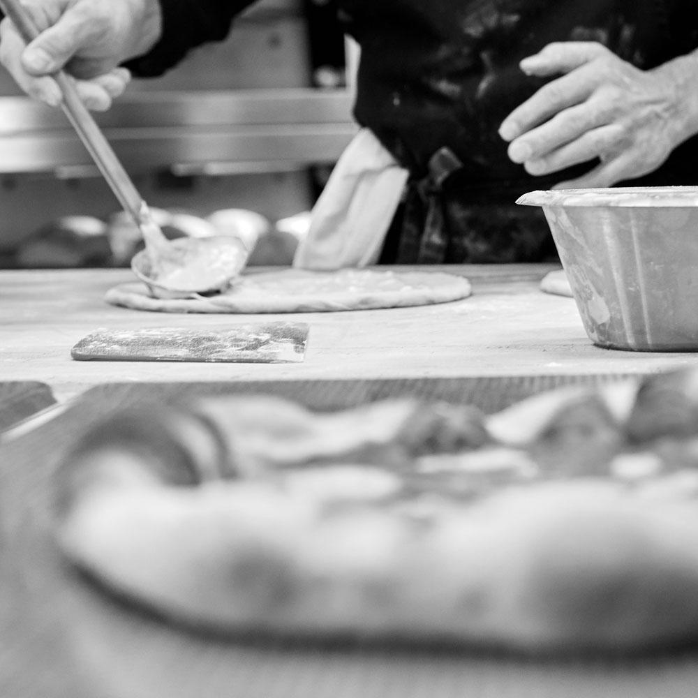 Съемка приготовления пиццы для инстаграм